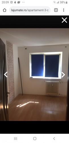 Caut coleg apartament in Craiova