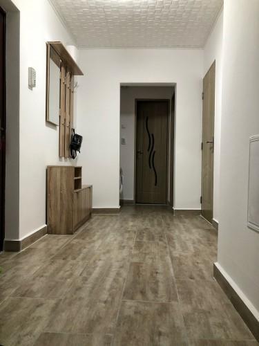 Caut colega de apartament
