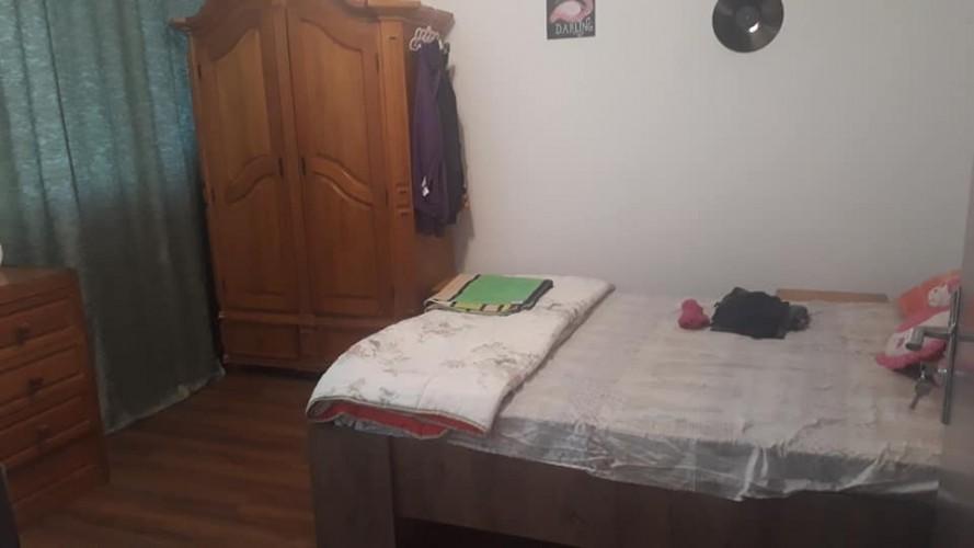 In curand se elibereaza 2 camere in apartamentul in care locuiesc eu