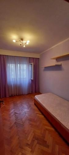 Inchiriere camera apartament 3 camere