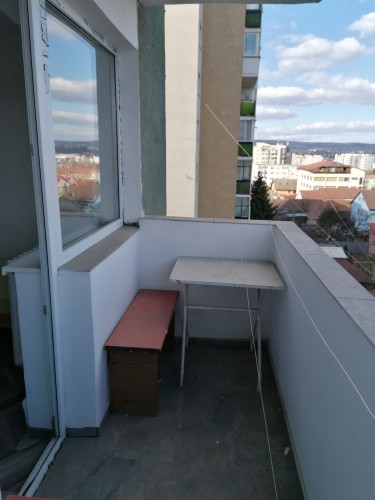 Two rooms available in 3 room-apartment